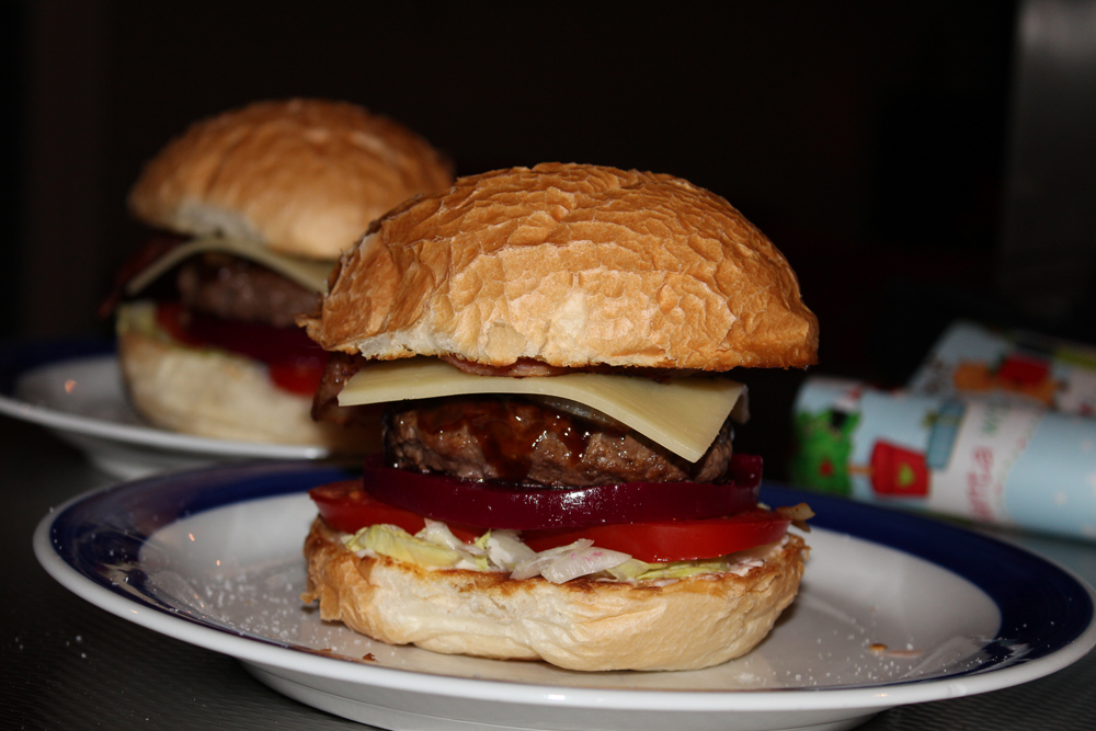 Scheuburgers V2.0 (Mummy's home made hamburgers)