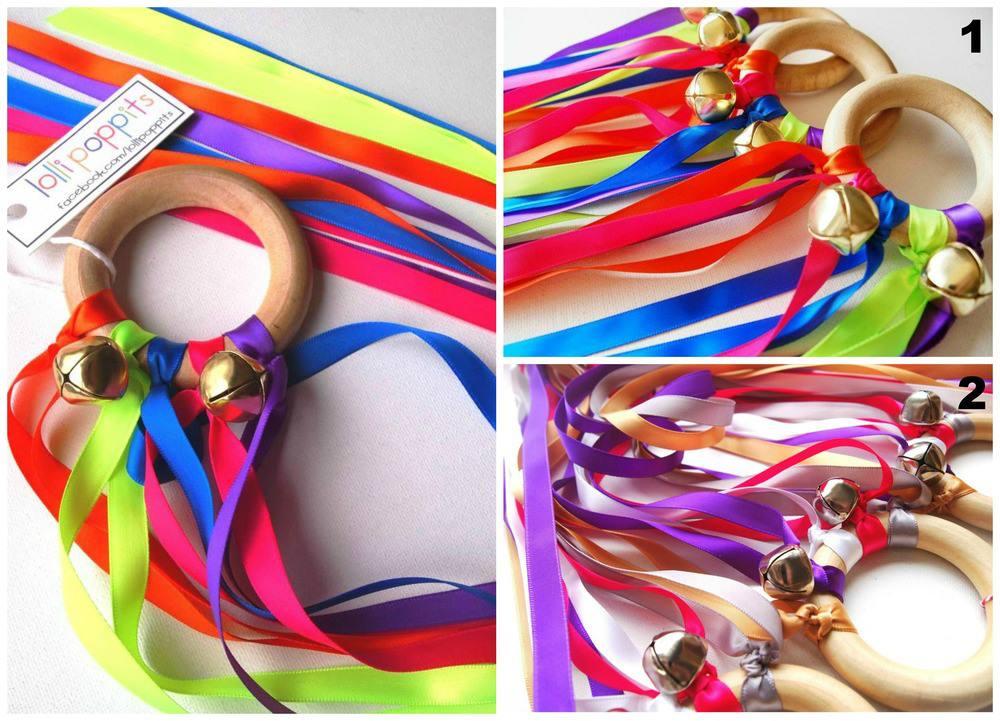 Dancing Ribbon Rings